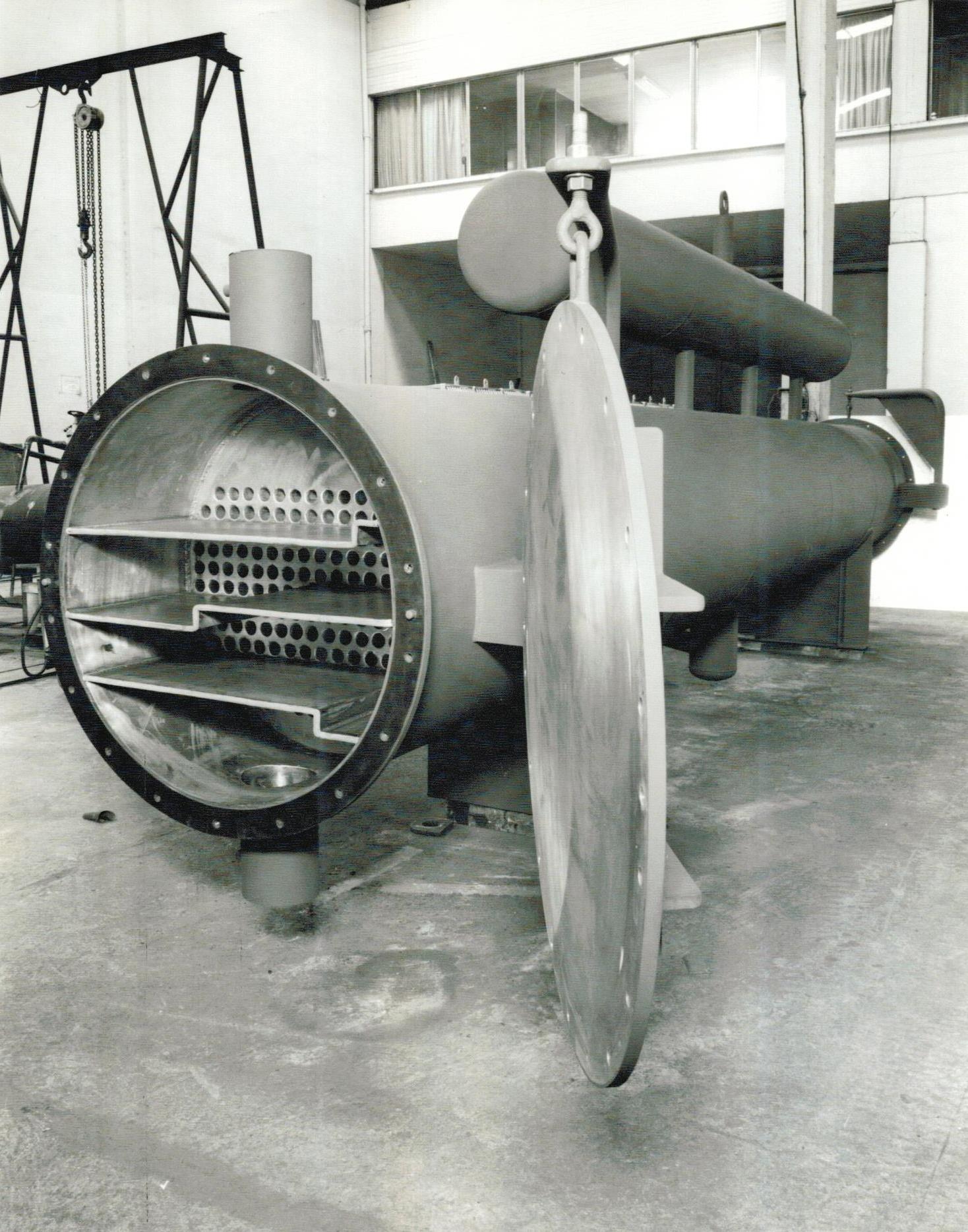 1984 - casco e tubo